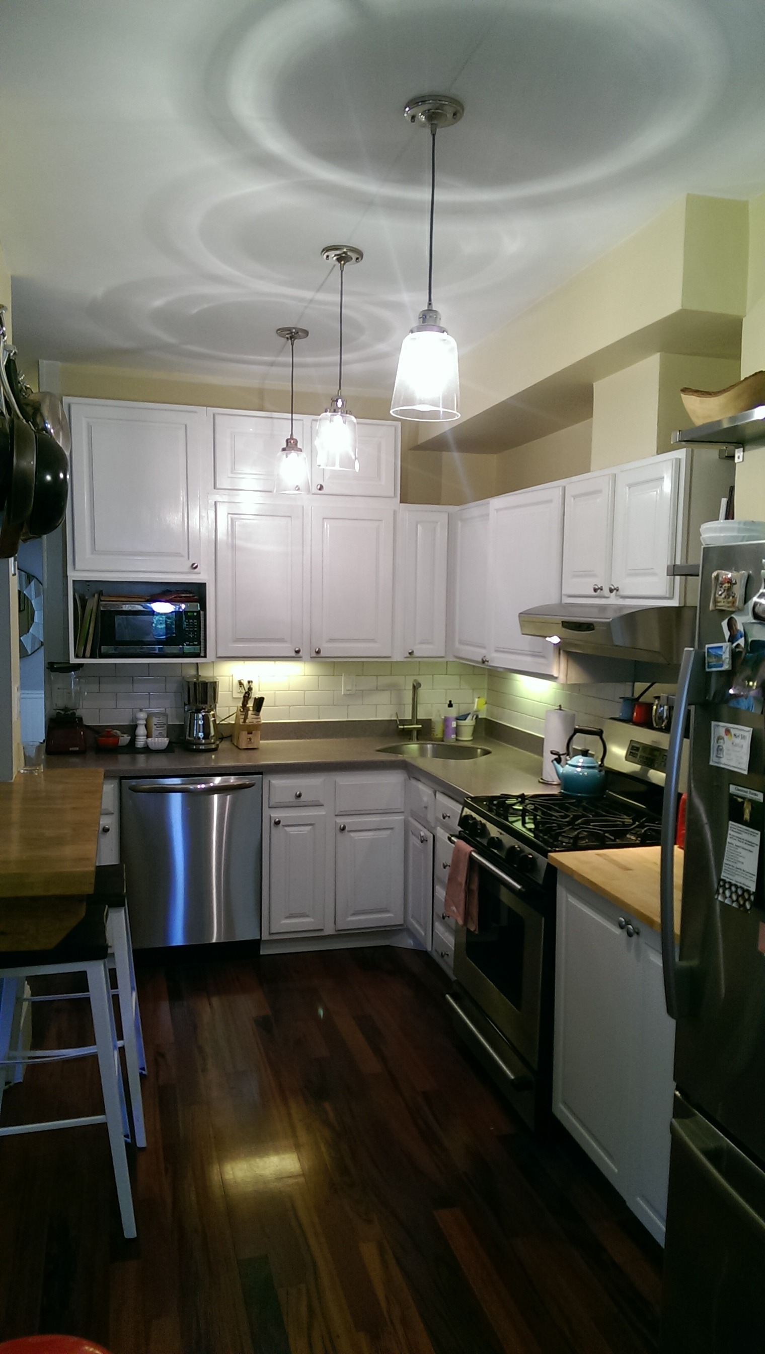 10 Kitchen And Home Decor Items Every 20 Something Needs: Cambridge Apartments: Apartment 1 Bedroom With Deleaded